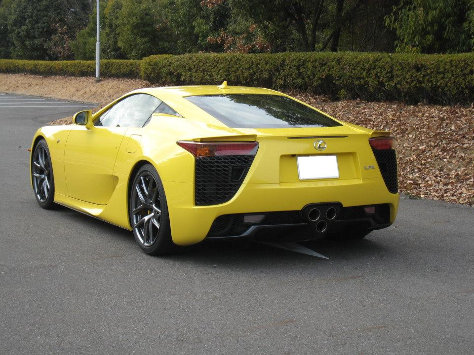 LexusLFA-2000GT_YatabeRecord_yellow-green08