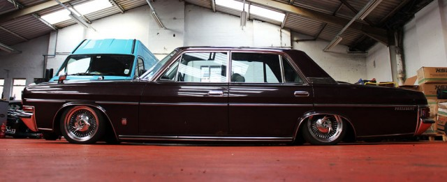 Nissan President lowrider