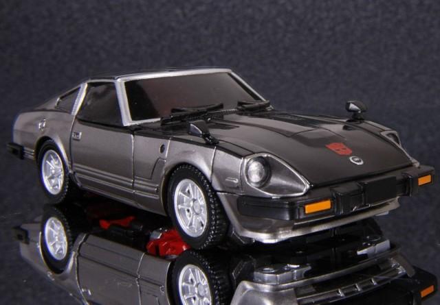 Transformers Masterpiece Bluestreak Datsun 280ZX 01