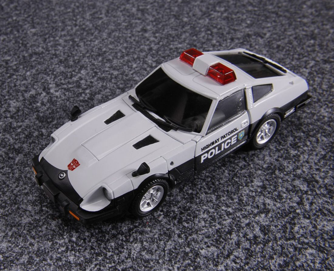 Transformers Masterpiece Prowl Datsun 280ZX 04