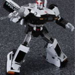 Transformers Masterpiece Prowl Datsun 280ZX police 02