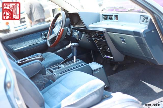 251dh5653_Toyota Van