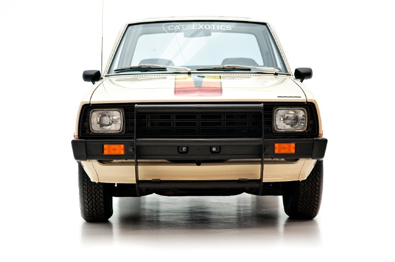 1980 Mitsubishi Plymouth Arrow Truck 02