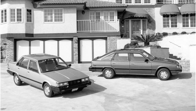 1984_Camry_sedan_and_liftback