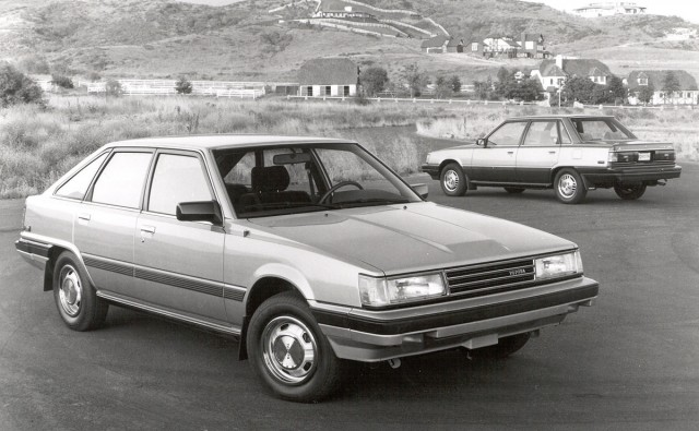 1985_Camry_liftback_and_sedan