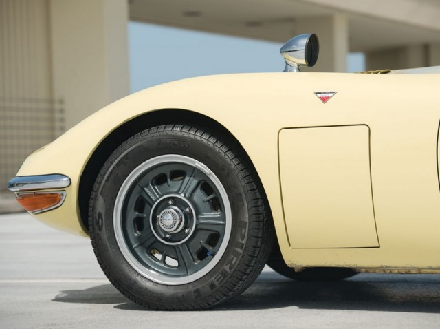 1968 Toyota 2000GT RM Auctions08