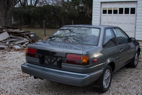 03_1987 Toyota Corolla GT-S AE86