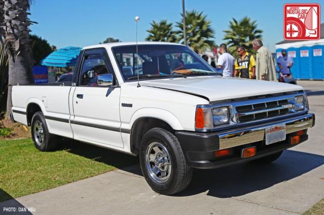 1168dh9643_Mazda_B2000_pickup
