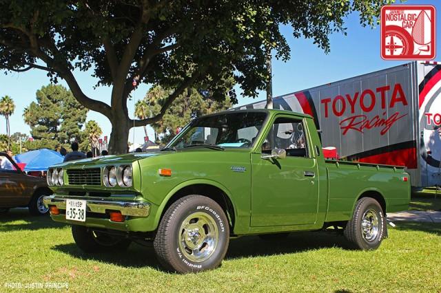 1204jp3348_Toyota_Hilux