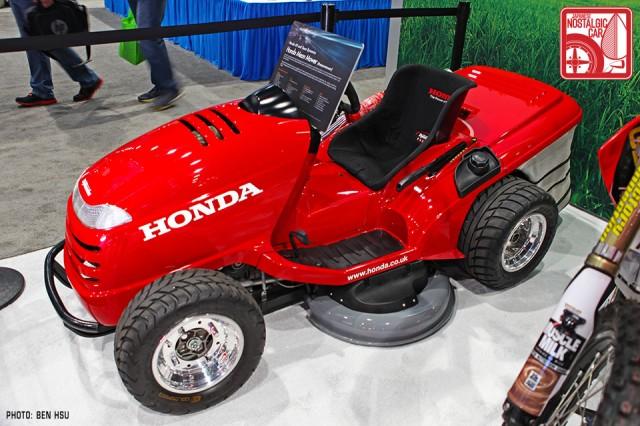 036_Honda Mean Mower