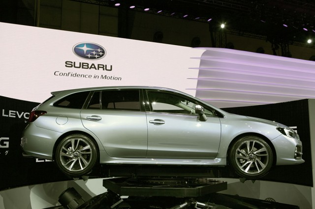 subaru-cross-levorg-2