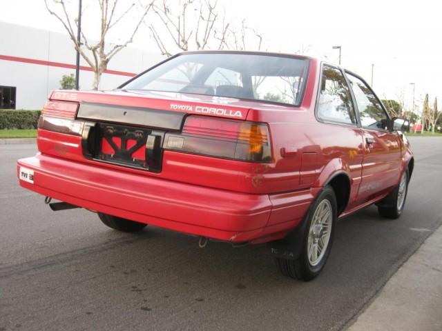 1987 Toyota Corolla GTS AE86 03