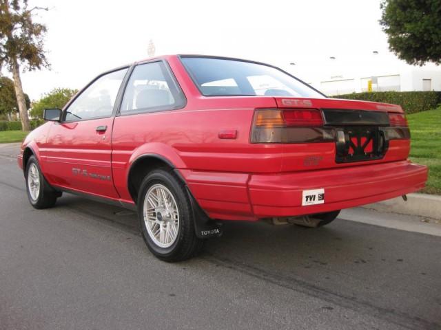 1987 Toyota Corolla GTS AE86 04