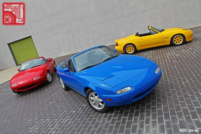 02-6569_Mazda MX5 Miata_Chicago Auto Show 08
