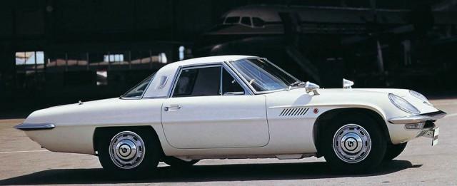 Mazda Cosmo Sport 01