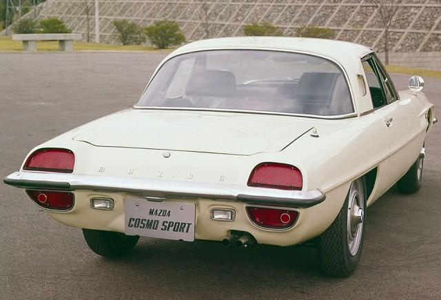 Mazda Cosmo Sport 03