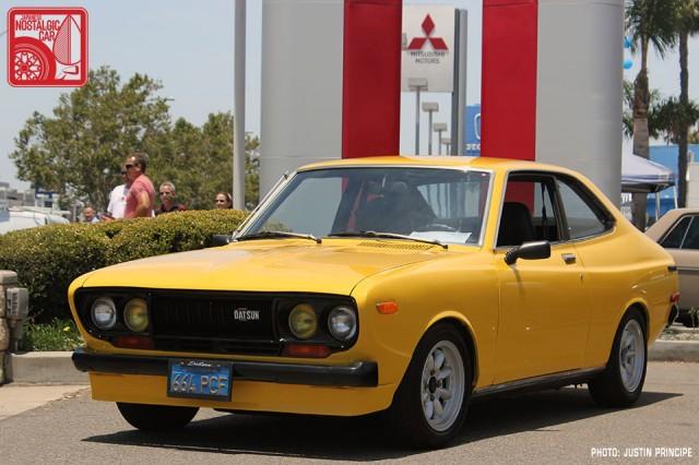 232JP5852-Nissan_Datsun_710_Violet