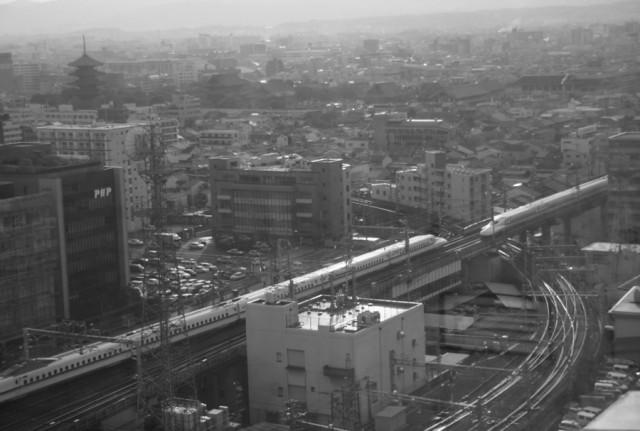 Shinkansen passing by tonko43