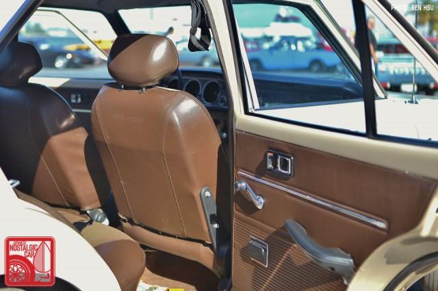 1006-BH3227_Toyota Corona T80 interior