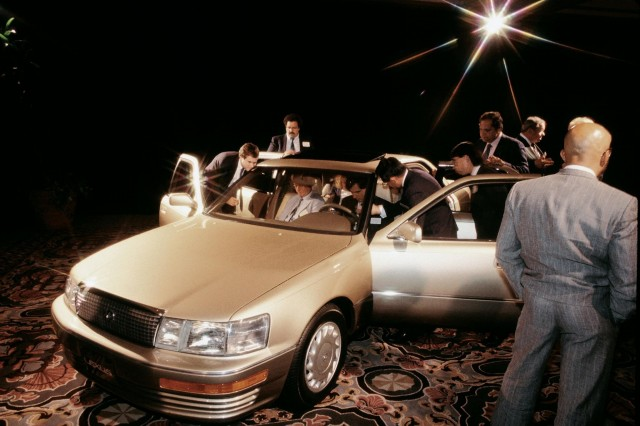 25 Years Of Lexus Part 01 The Lexus Ls 400 Is Officially