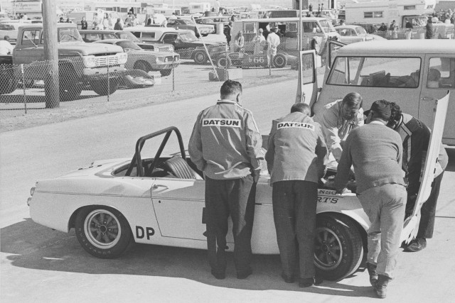 Datsun 2000 Fairlady Roadster BRE 1969 a