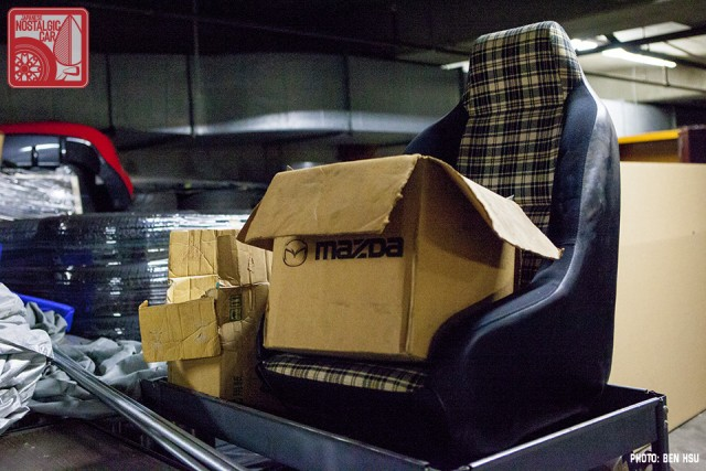 07_Mazda Basement RX7 Daytona plaid seat_MakeModel