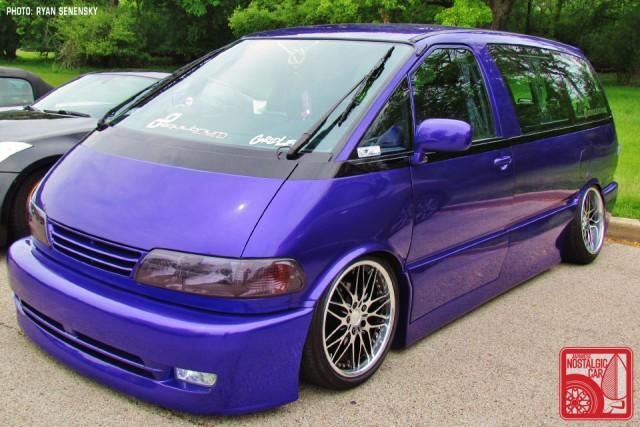 Toyota PurplePreviaFront1