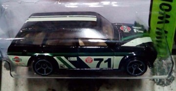 2015 Hot Wheels Datsun 510 Bluebird Wagon - black