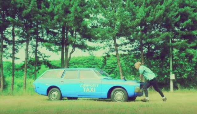 Toyota Crown wagon - Big Bang Sober video 01