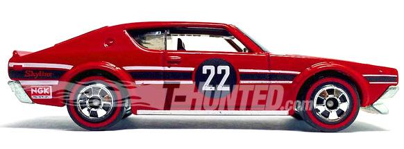 Hot Wheels Nissan Skyline 2000GT-R Kenmeri Heritage Redlines 01