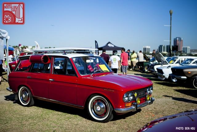 083-1375_Datsun411wagon