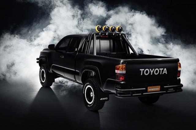 BTTF_Toyota_Tacoma_04_9A1F502AEB6EFA796C16822B51D1C0A472E9ECED
