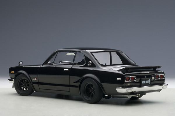 Autoart Nissan Skyline GT-R Hakosuka KPGC10 - black 02