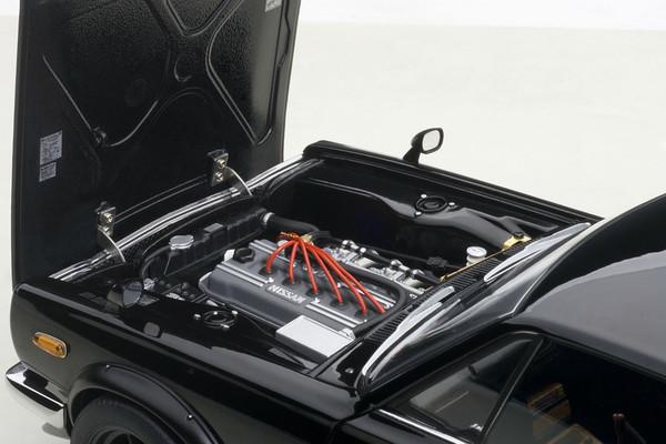 Autoart Nissan Skyline GT-R Hakosuka KPGC10 - black 04