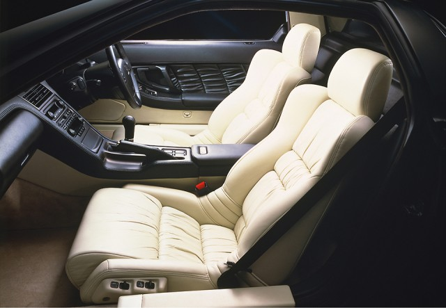 1990 Honda NSX cabin white