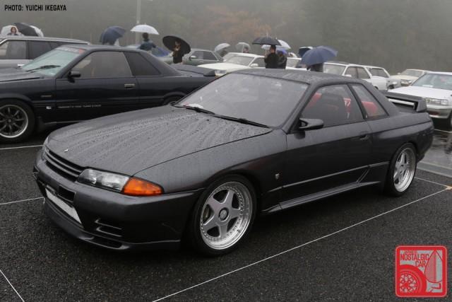 YI2669_NissanSkylineR32-GTR