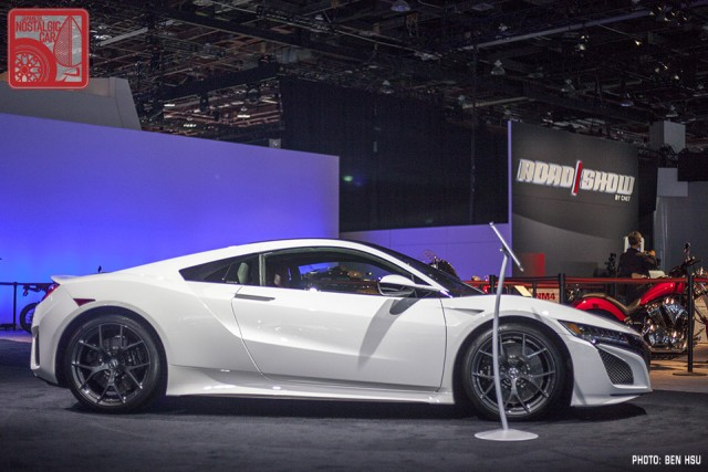For Comparison, Hereu0027s Two Shots Of The 2018 NSX From The Detroit Auto  Show. One Has Red Calipers, One Has Black. Normally Iu0027m Not A Fan Or Loud  Colored ...