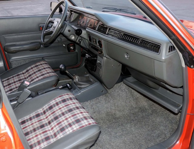 Passanger Side view EA81 Wagon interior