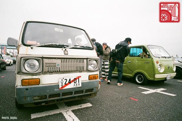 041-R3a-820a_Subaru Sambar & Mazda Porter