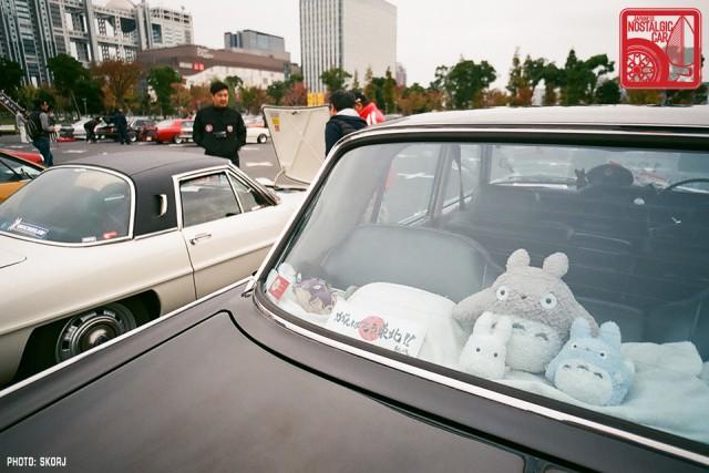 054-R3a-829a_Totoro