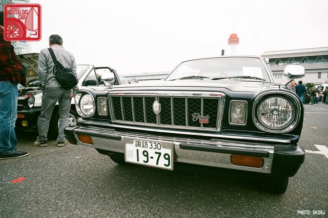 064-R3a-835b_Toyota MarkII X30 Grande HT