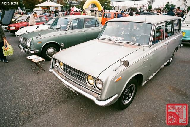 072-R3a-842a_Toyota Corona T40 wagon