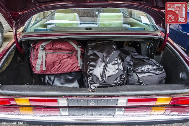07_bags in Isuzu 117 trunk