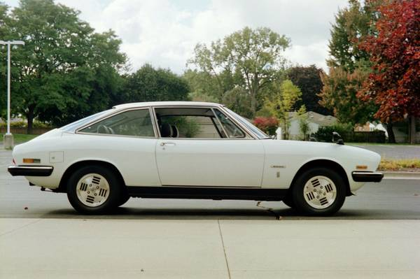 1979 Isuzu 117 XG 01