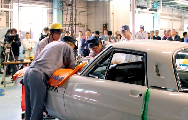 Mazda Cosmo Sport Hiroshima high school restoration 16