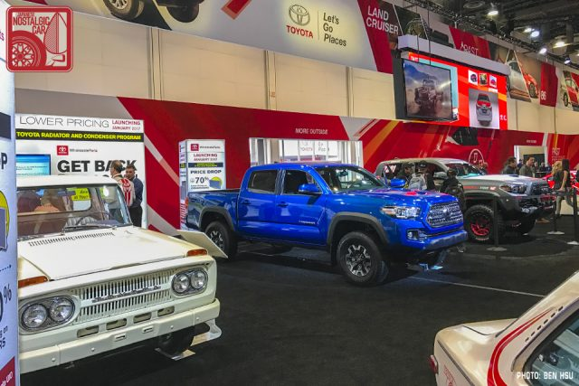 016_toyota-tacoma-trd-pro-race-truck