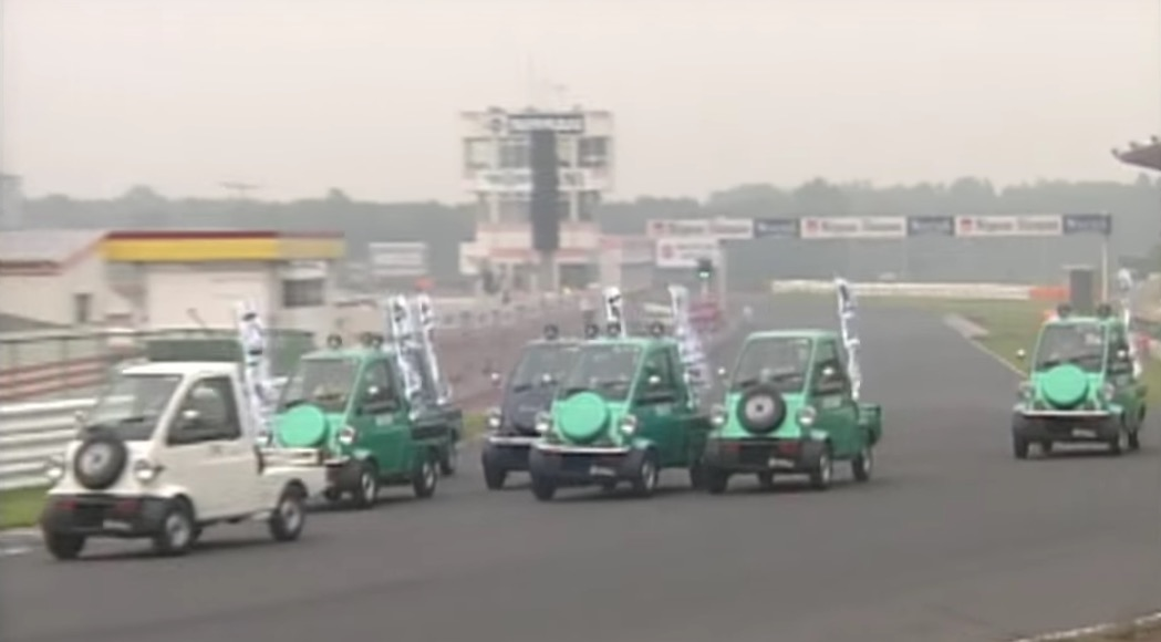 Video Japan S Best Drivers Compete In Japan S Slowest Car