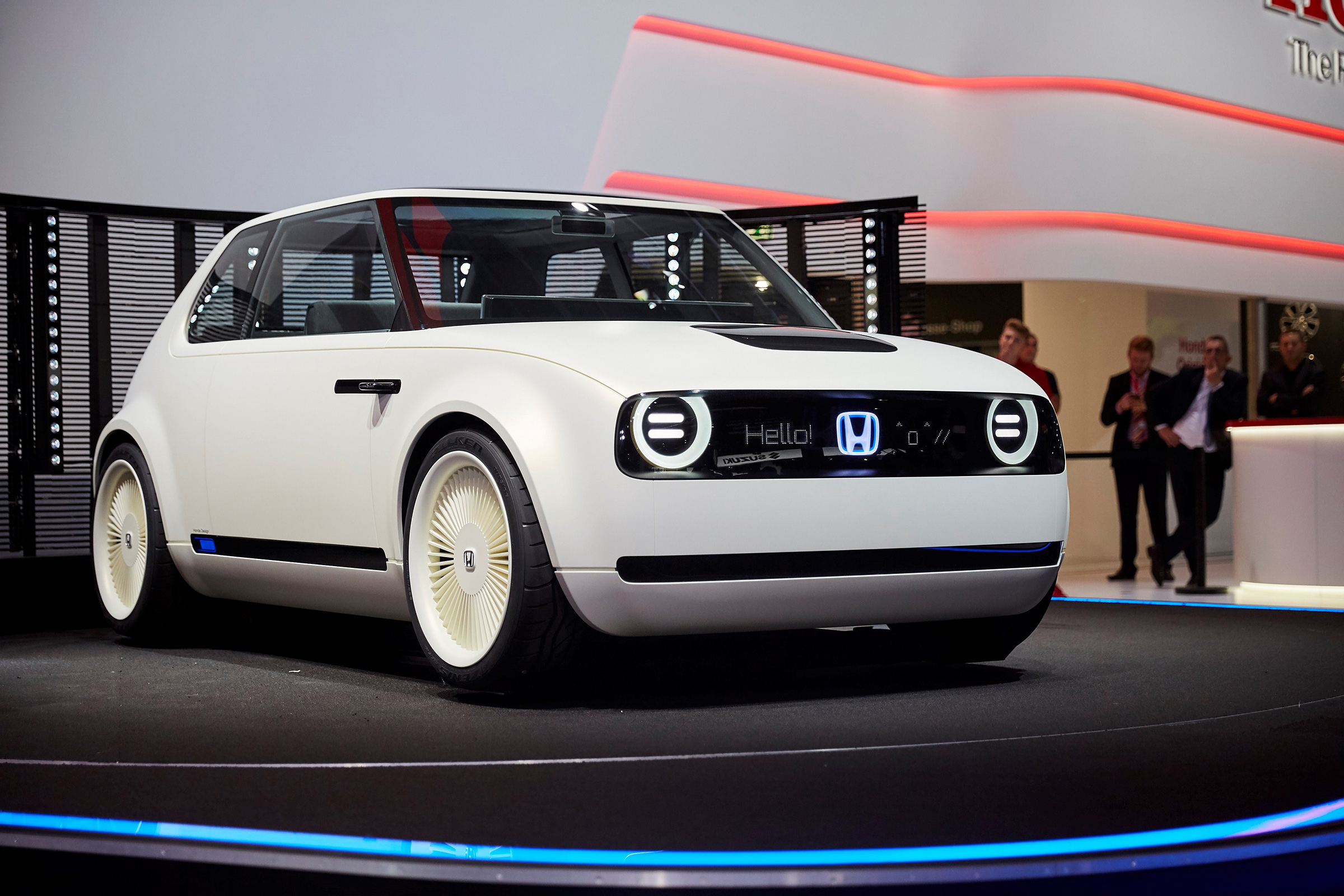 In a surprise move honda has unveiled a new electric vehicle concept at the frankfurt motor show s press days which just kicked off this morning
