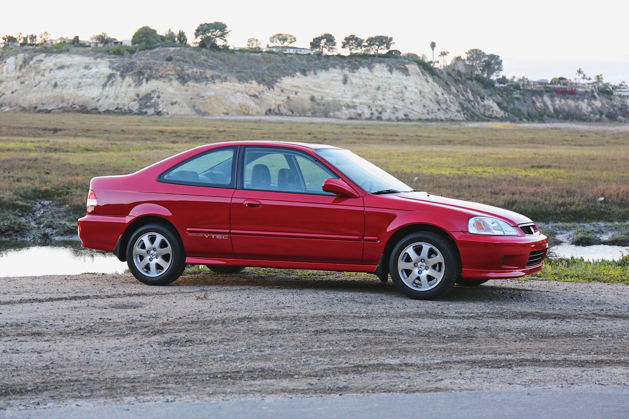 KIDNEY, ANYONE? EM1 Honda Civic Si sells for $22,750 | Japanese ...