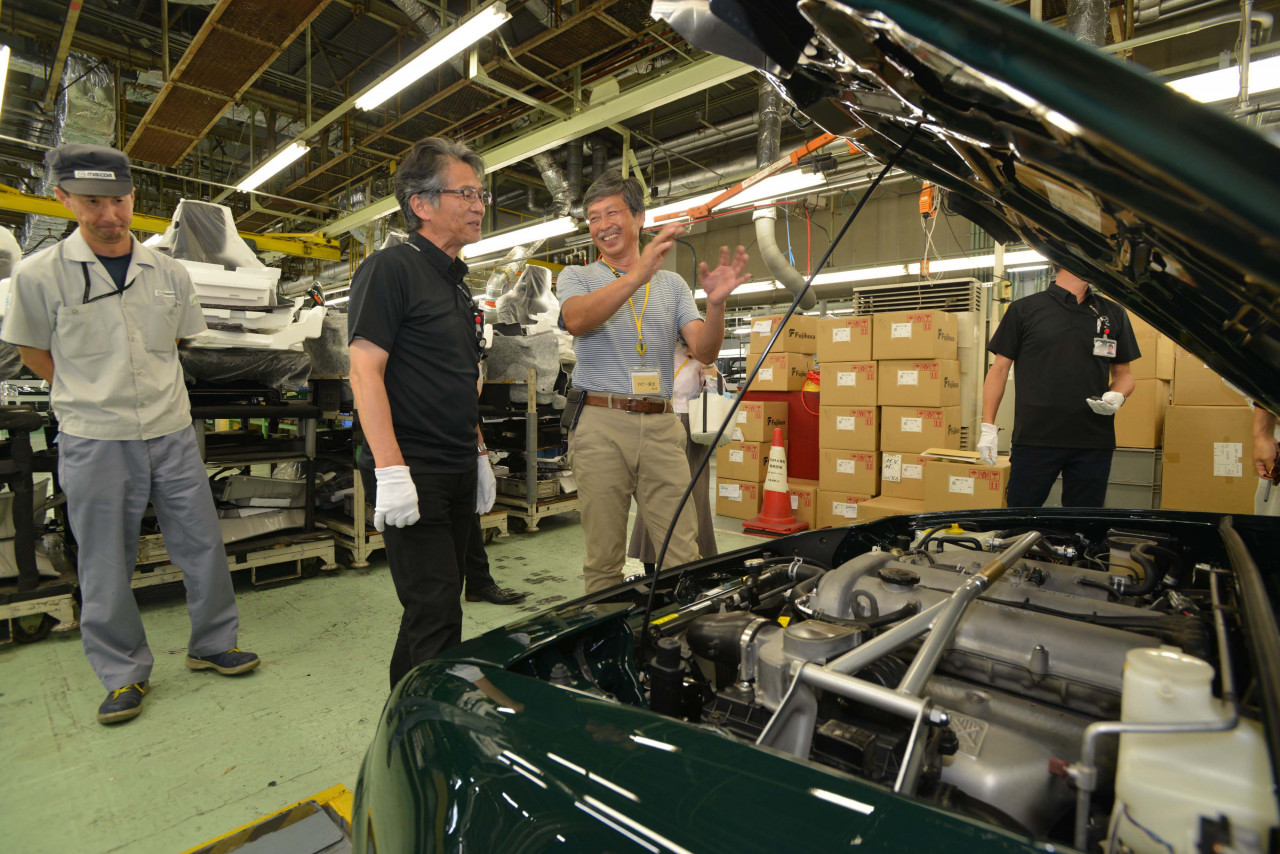 NEWS: Mazda completes first factory NA Roadster ...